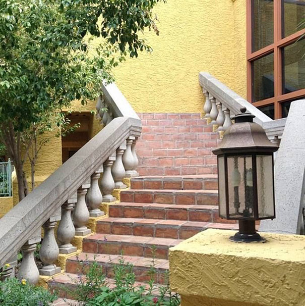 A beautiful stone staircase to nowhere | Archisnapper presents 20 hilarious staircase building fails